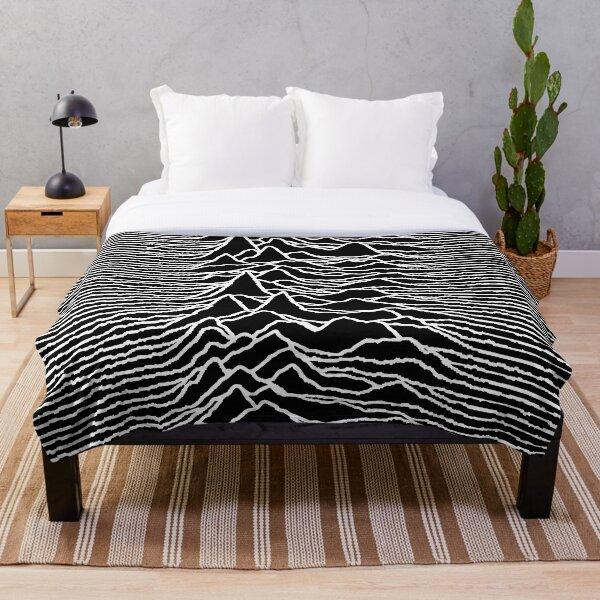 Unknown Pleasures Throw Blanket