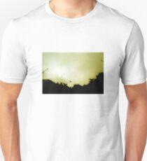 Basilika Sagrada Familia - Barcelona - with one Dove T-Shirt