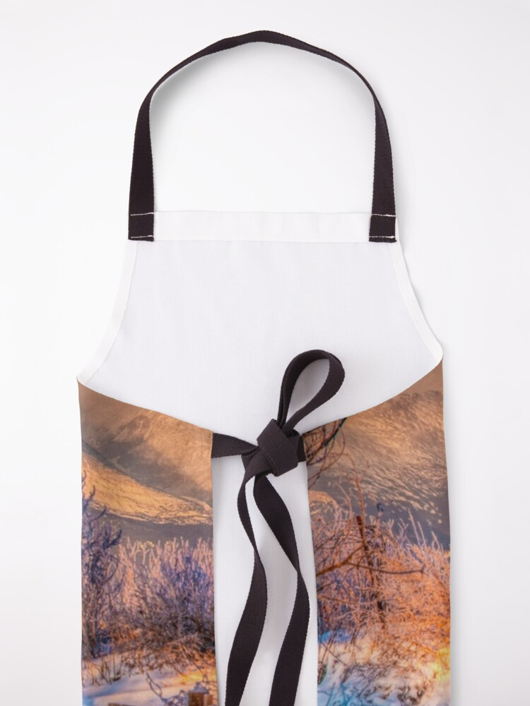Alternate view of Twin Peaks In Morning Glory Apron