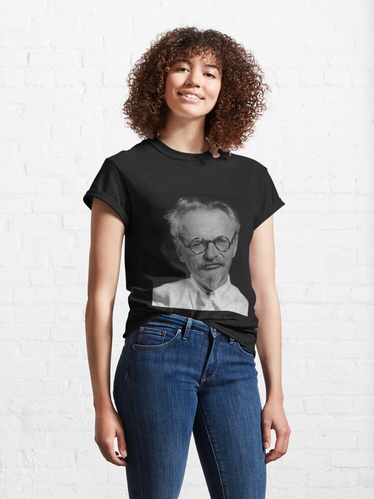 Alternate view of Lev Davidovich Bronstein, better known as Leon Trotsky, Revolutionary Classic T-Shirt