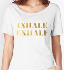 Inhale Exhale Faux Gold Foil Camiseta ancha