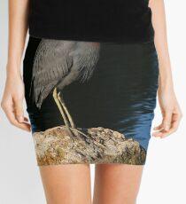 Little Blue Heron on the rocks Mini Skirt