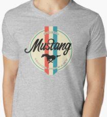 Mustang retro Men's V-Neck T-Shirt