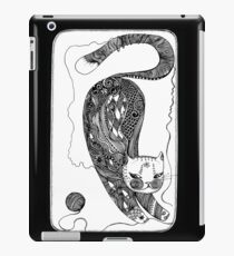 playing kitten iPad Case/Skin