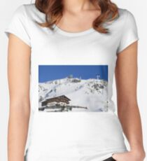The hotel on the piste Women's Fitted Scoop T-Shirt