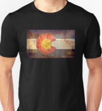 Garden of the Gods CO flag T-Shirt
