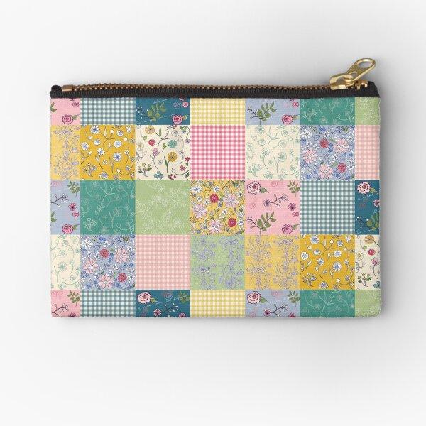Spring Cottage patchwork quilt Zipper Pouch