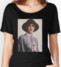 A Young Agatha Christie Women's Relaxed Fit T-Shirt