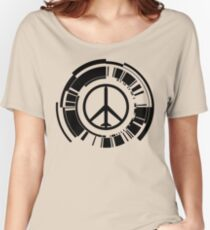 MGS - Peace walker - Black Women's Relaxed Fit T-Shirt