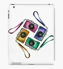 Multicolor vintage reflex cameras iPad Case/Skin