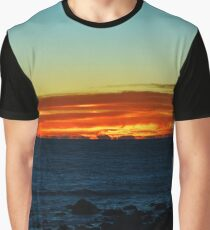 Atlantic Ocean Dawn | Montauk Point, New York  Graphic T-Shirt
