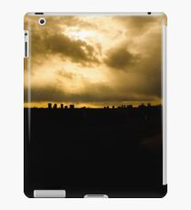 edmonton skyline iPad Case/Skin