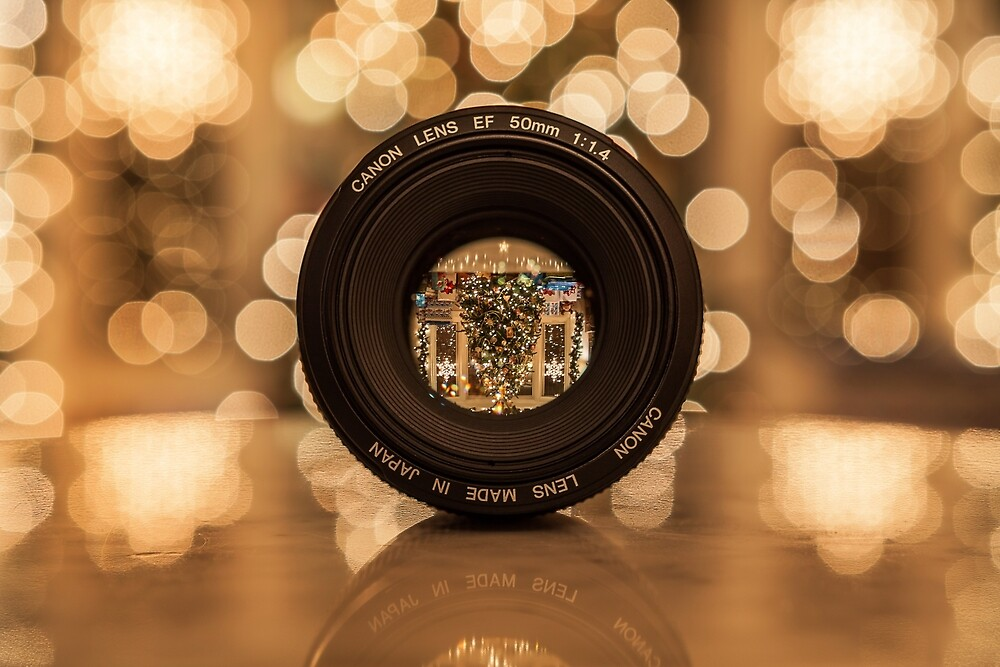Through the lens by RobRoselli