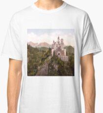 NEUSCHWANSTEIN CASTLE Classic T-Shirt