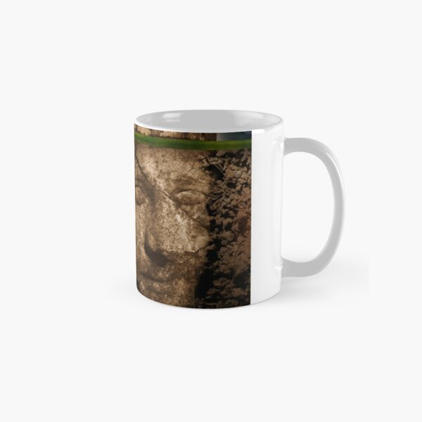 Stonehenge - the king waits Classic Mug