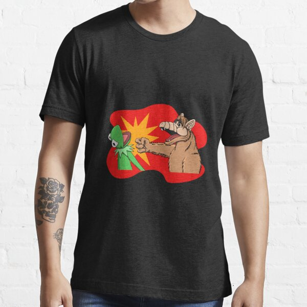 War of the puppets  Essential T-Shirt