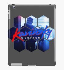 Kavinsky - OUTRUN Fan T-shirt iPad Case/Skin