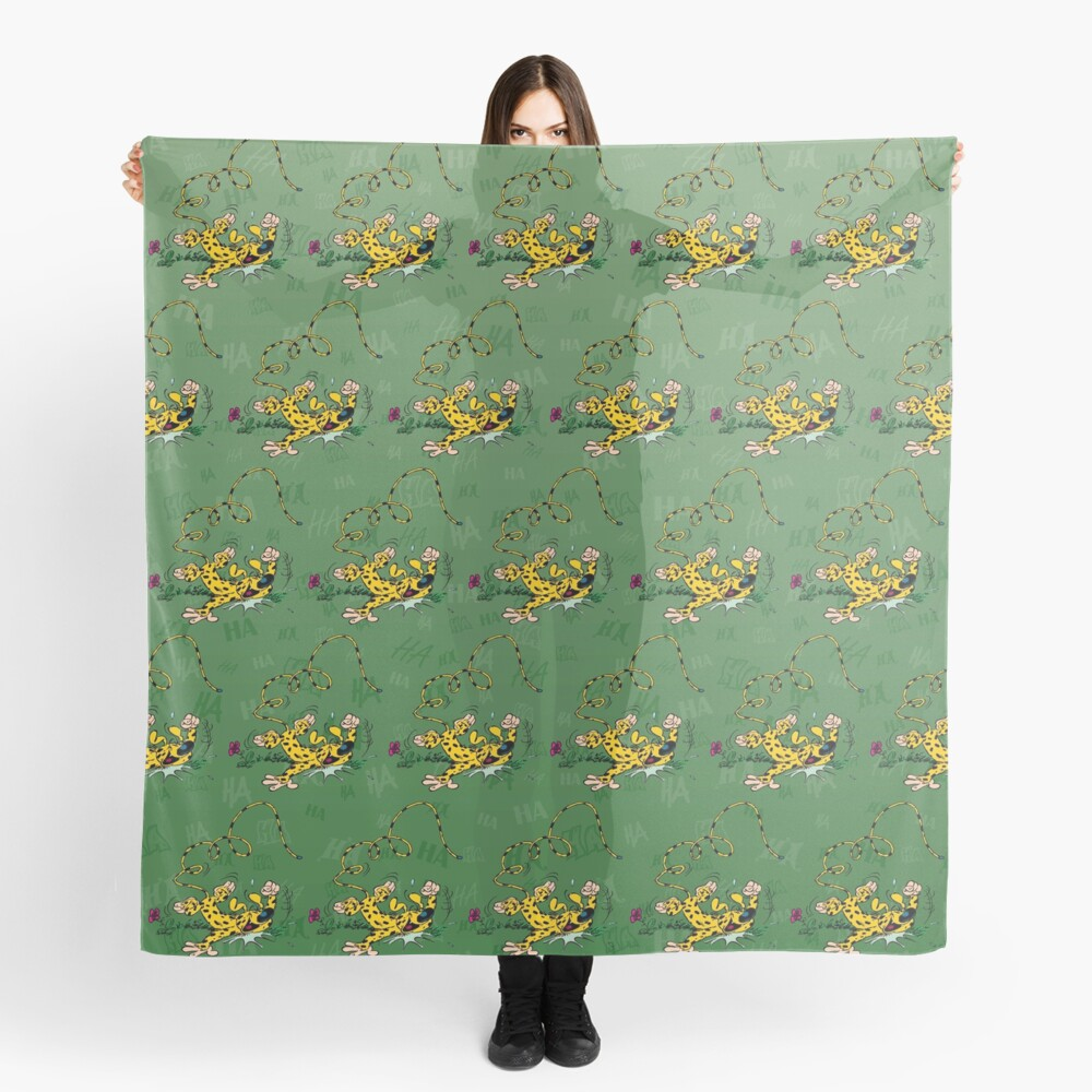 Marsupilami laughing on floor / Background green Scarf