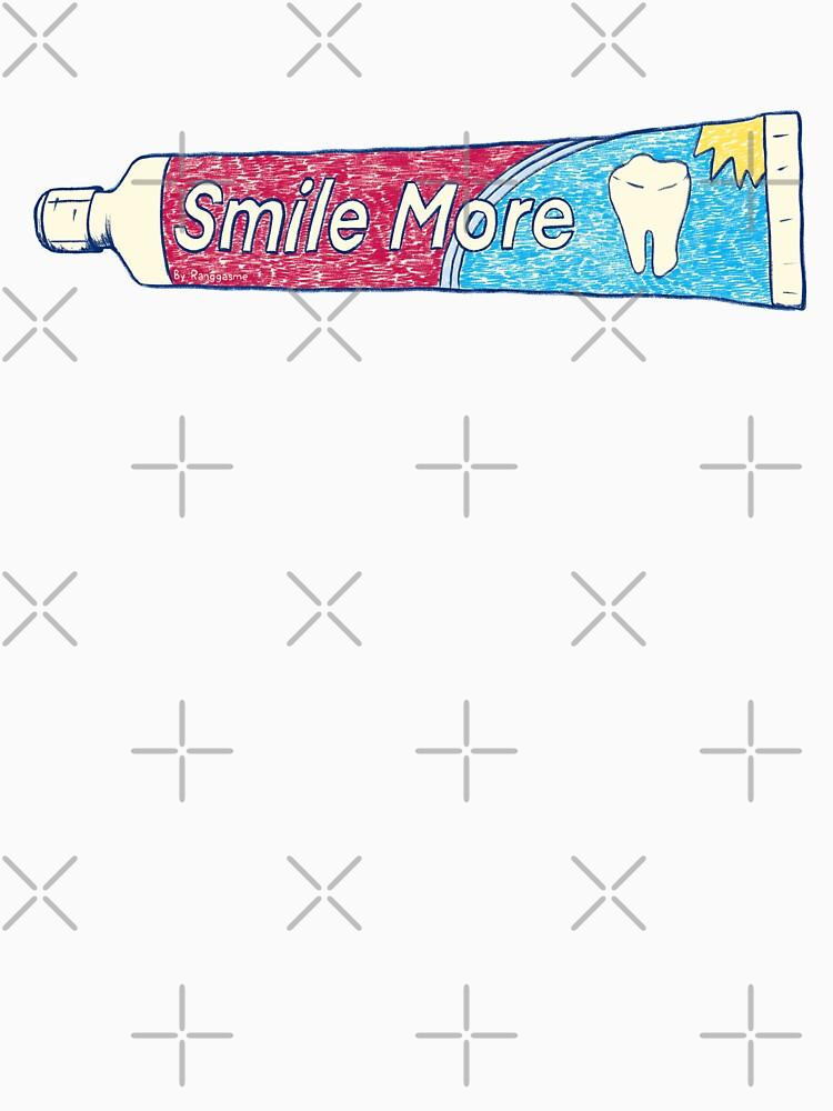 Smile More (Black) by Ranggasme