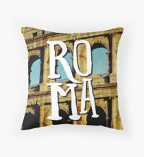 Roma Colosseum Italy Architecture Wanderlust Europe Throw Pillow
