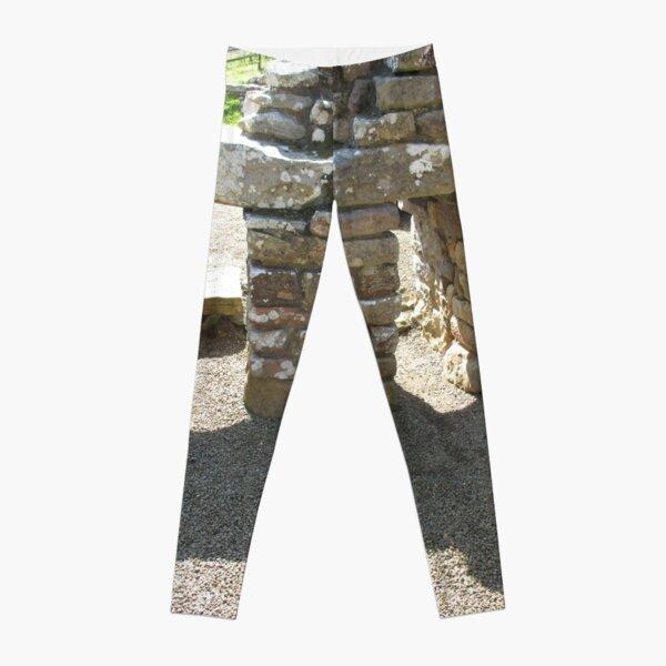 M.I. #115  ☼  Rocks And Bricks - Shot 14 (Hadrian's Wall) Leggings