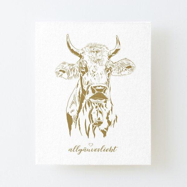 allgäuverliebt - Allgäuer Kuh mit Horn - Grafik-Illustration / Gold Aufgezogener Druck auf Leinwandkarton