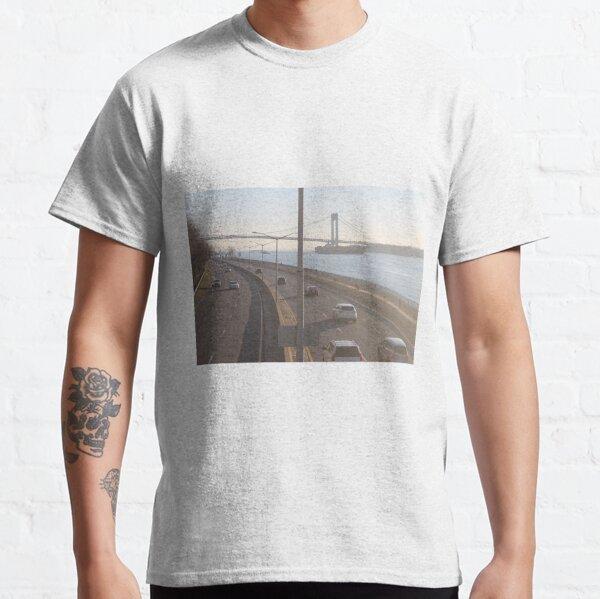 Verrazzano-Narrows Bridge: Suspension Bridge Classic T-Shirt