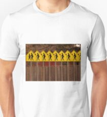 School Crossing, crossing, Corssing ... T-Shirt