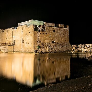 Castle of Paphos at night  by Lemonan