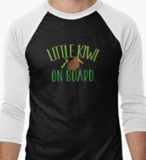Little kiwi on board (New Zealand baby maternity pregnancy design) T-Shirt