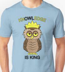 Kn-OWL-edge is King! T-Shirt