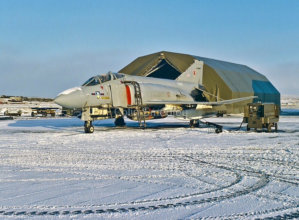 Phantom FGR.2 XV402/A RAF Stanley  by Colin Smedley