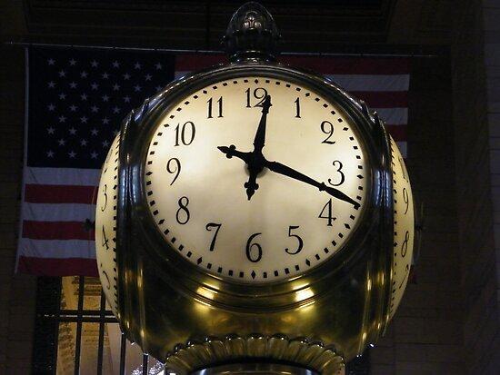 Classic Clock, Grand Central Terminal, New York City by lenspiro