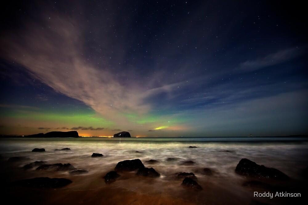 Seacliff Beach Aurora by Roddy Atkinson