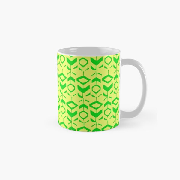 Green flower pattern with with yellow background Classic Mug