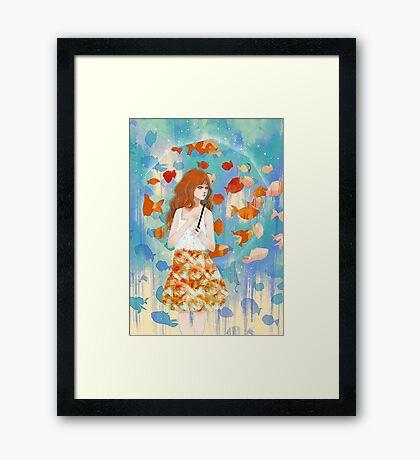 Fish in the rain 魚と雨 Framed Print