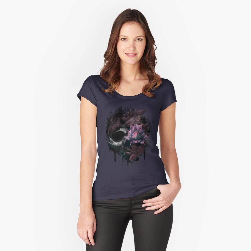 Floraciones de muerte Camiseta entallada de cuello ancho