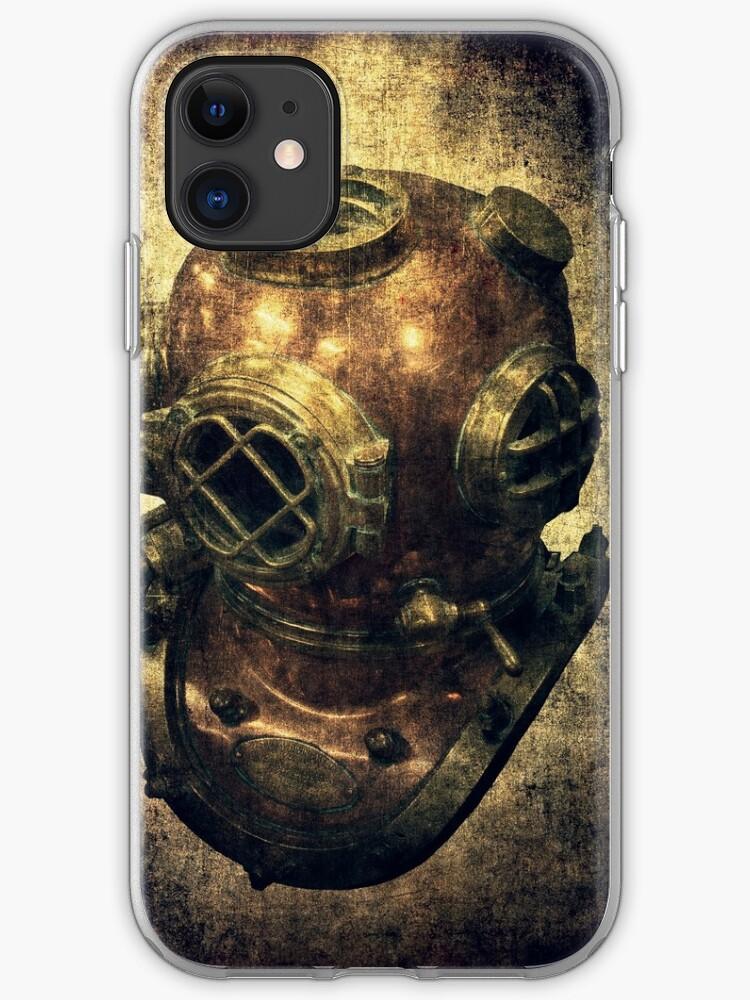 Deep diving iPhone 11 case