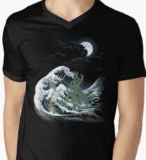 The Wave Off  R'lyeh  Men's V-Neck T-Shirt