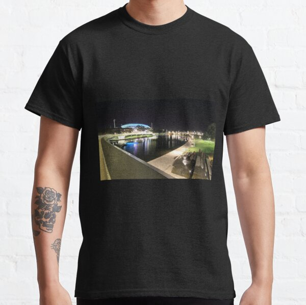 River Torrens, Riverbank Footbridge & Adelaide Oval Classic T-Shirt