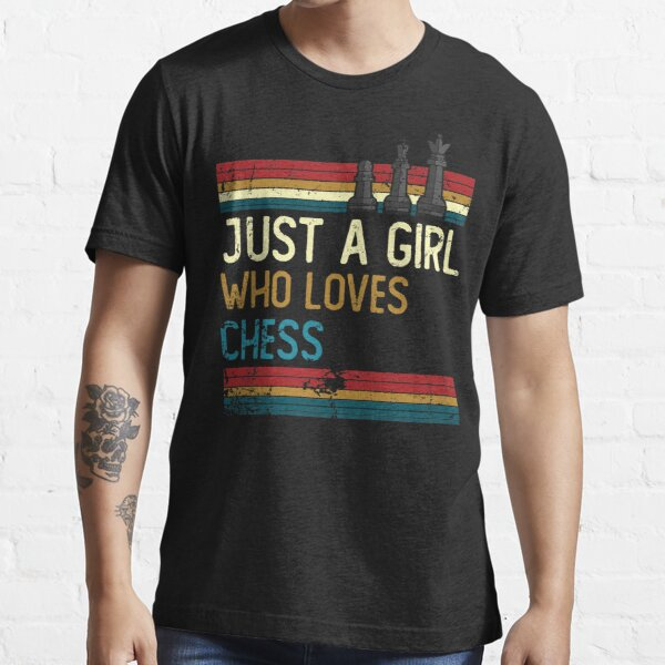 Vintage just a girl who loves chess Essential T-Shirt