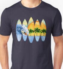 Surfer und Surfbretter Slim Fit T-Shirt