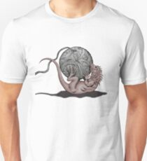 Lizard with Yarn Unisex T-Shirt