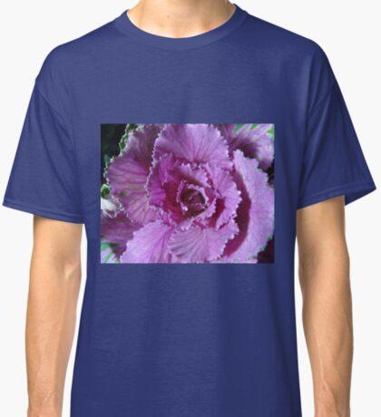 Pretty in Purple - Zierkohl Makro Classic T-Shirt
