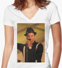 Guy Sebastian - Entertainer Women's Fitted V-Neck T-Shirt