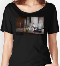 Science - Chemist - Chemistry Equipment  Women's Relaxed Fit T-Shirt