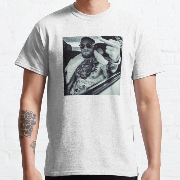 Doigt du Milieu de Conor McGregor - Notorious T-shirt classique