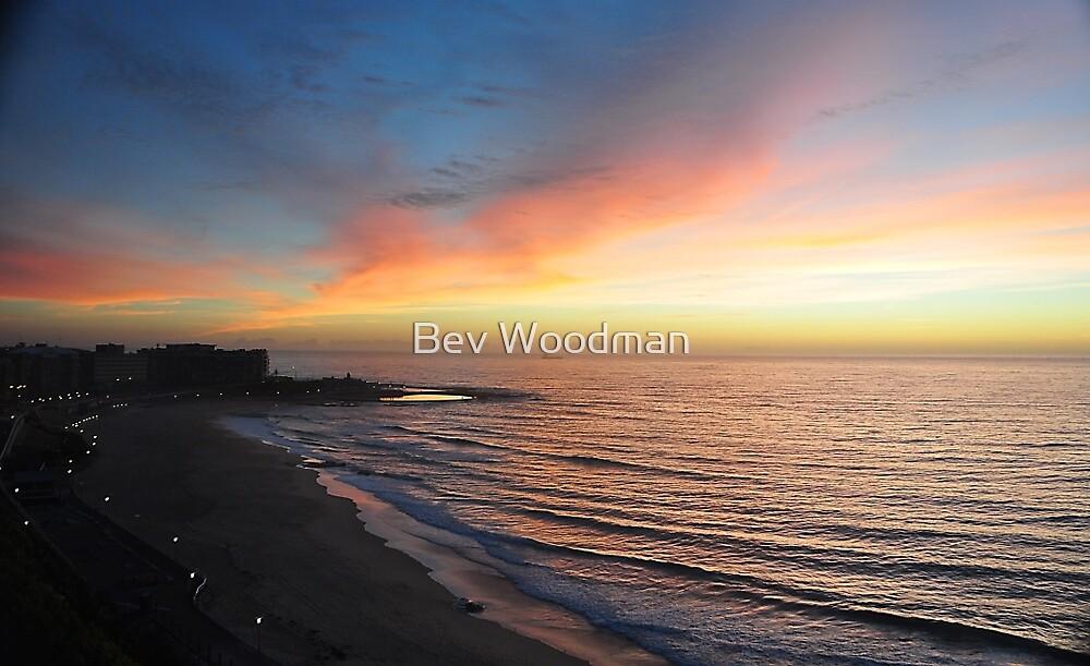 Tsunami Watch - Newcastle Beach NSW Australia by Bev Woodman