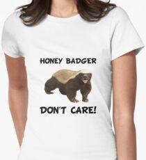Camiseta entallada para mujer El tejón de miel no cuida