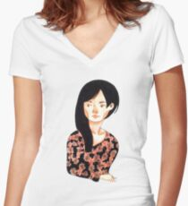 Automne  Women's Fitted V-Neck T-Shirt